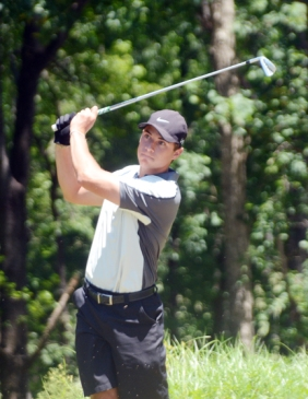 Clemson student RJ Blanton won the GGO on the first playoff hole