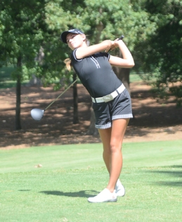 Victoria Huskey moved up to second place in the final round of The Blade.