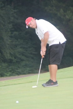Robbie Biershenk rolls in his final putt to win the Budweiser at Boscobel.