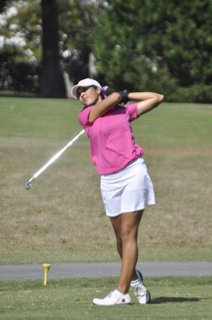 Dorman's Natalie Srinivasan has the first round lead at the SC AAAA championship.