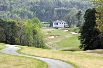 Cleghorn Plantation features a George Cobb design that allows golfers to feel like they are playing mountain golf.