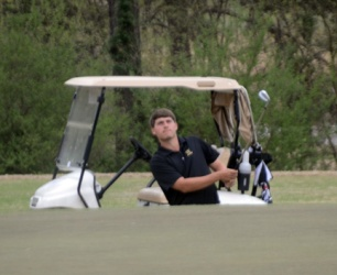 Wofford's Andrew Novak bogeyed his 16th hole to drop a shot and fall of the lead.