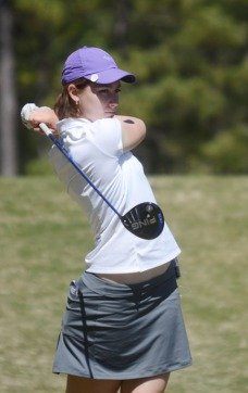 Jacqueline Bendrick posted a 1-under par round to help the Lady Paladins to a second place finish.