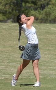 Alice Chen is tied for 8th place at 2-under par.