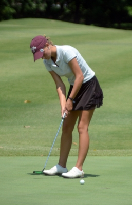 Victoria Huskey improved her score in the second round and finished as the runner-up at Green Valley.