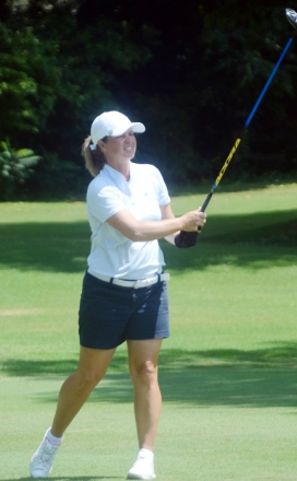 Dawn Woodard won her seventh WSCGA Amateur Championship.