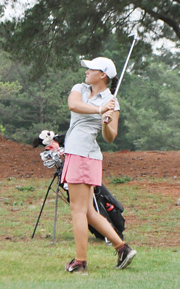 Abigail Schimpf shot rounds of 71 and 74 to win the WSCGA Foundation Junior.